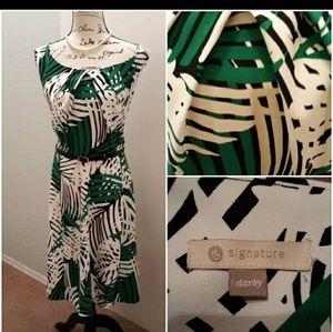 EUC Signature Darby fit & flare dress size 16W